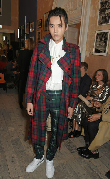 Kris wu wearing burberry at the burberry september 2017 show